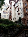 Ramsay Gardens, a stone's throw from Edinburgh Castle, and a quiet, beautiful oasis. This is where I'd want to live in Edinburgh.....