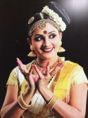 Would have liked to have met her, but alas, she was but a poster - albeit huge - in the lovely Kochi airport. In fact, they had about 30 larger-than-lifesize posters of this same dancer, each illustrating the emotion and meaning of the particular pose. Can you imagine THAT at JFK or LAX???